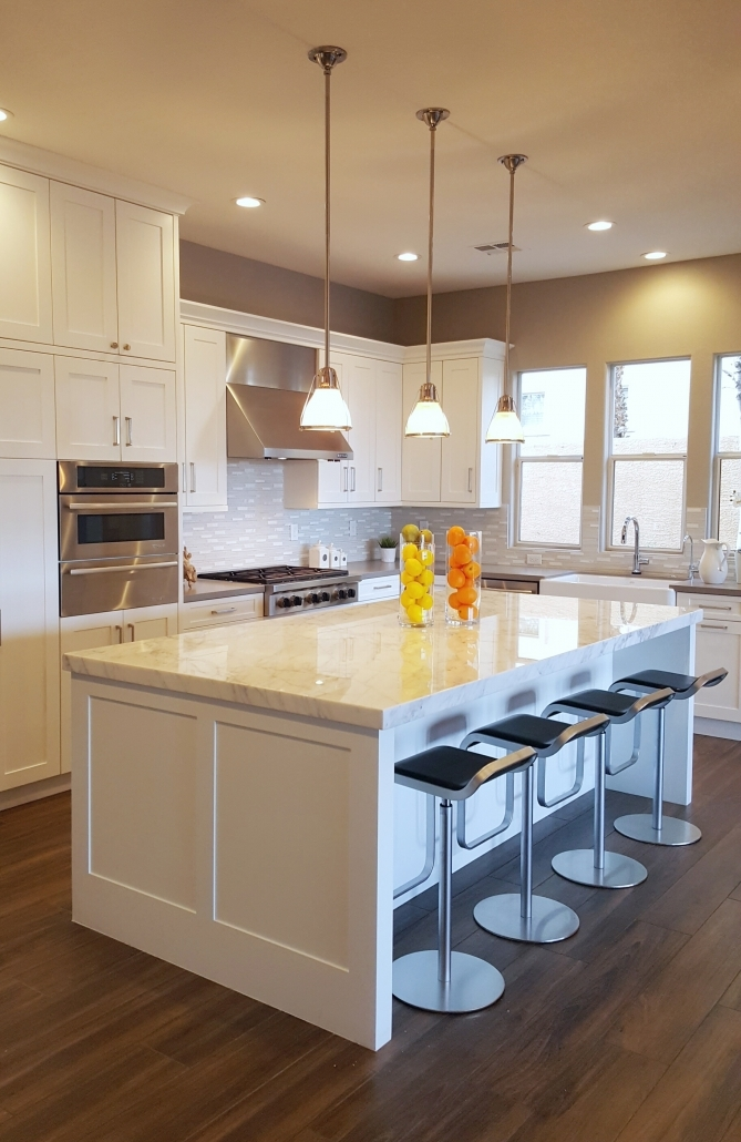 Big white kitchen cabinets design 2