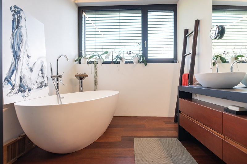 Tips for painting a bathroom