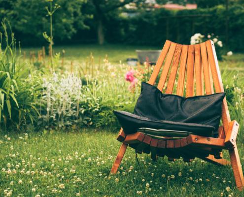 Summer garden for your yard